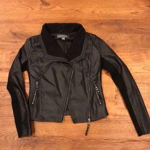 Suzy Shier Faux Leather Jacket wKnit Trim, szS